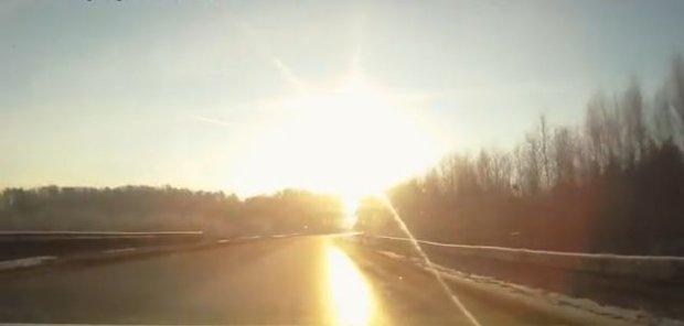Bolid nad Czelabińskiem 15.02.2013