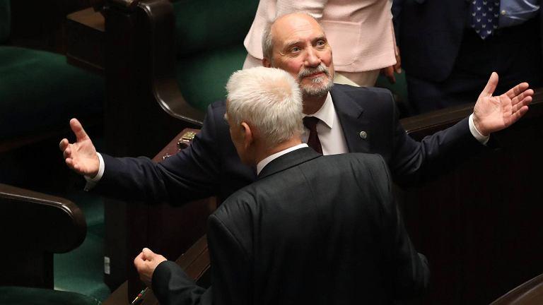 Minister obrony w rządzie PiS Antoni Macierewicz