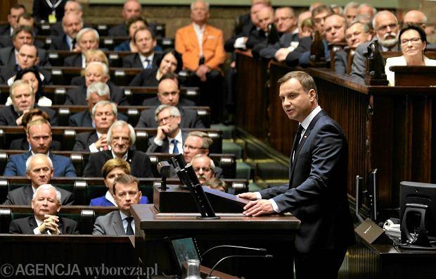 Prezydent wygłasza orędzie przed Zgromadzeniem Narodowym