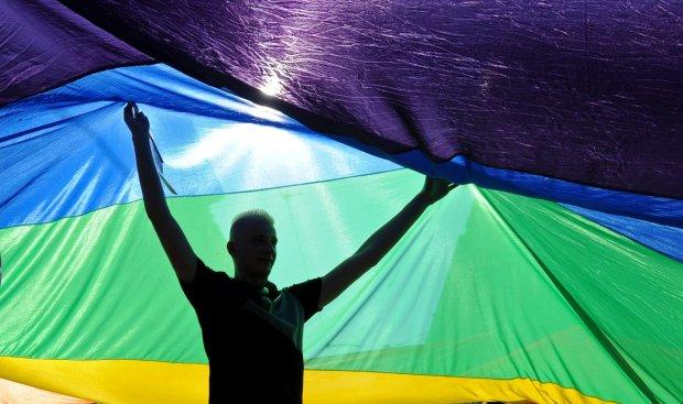 Meksykański sąd najwyższy orzekł, że związki osób tej samej płci mogą być takimi samymi małżeństwami jak te zawarte przez kobietę i mężczyznę.