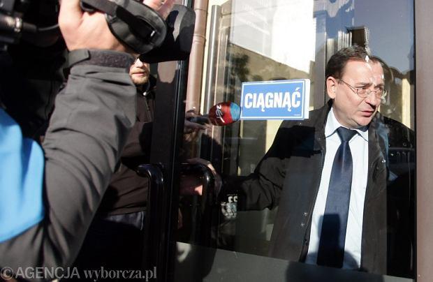 Mariusz Kamiński w drodze na spotkanie kierownictwa PiS