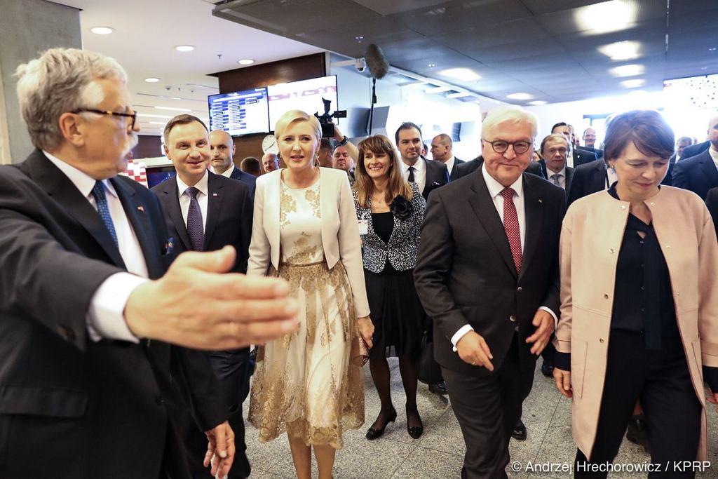 Andrzej Duda i Agata Kornhauser-Duda na warszawskich Targach Książki (fot. Andrzej Hrechorowicz / KPRP)