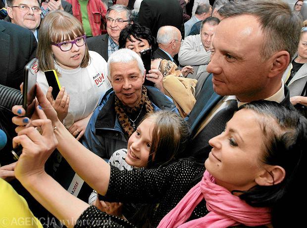 Andrzej Duda 20 kwietnia 2015 r.<br /><br /><br /> podczas wiecu wyborczego  w Bibliotece im. Zbigniewa Herberta  w Gorzowie Wielkopolskim
