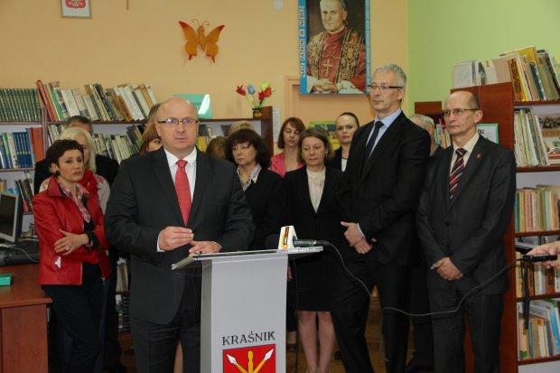 Jarosław Stawiarski wolał być posłem niż zastępcą burmistrza Kraśnika (tu podczas pełnienia funkcji)