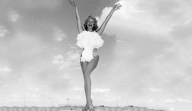 23-letnia Lee A. Merlin, tancerka z Las Vegas, była ostatnią Miss Atomic Bomb wybraną w stolicy amerykańskiego hazardu w Konkursie na najładniejszą