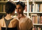 """""""Strefa nagości"""": film o erotyzmie spojrzenia. Bez jednego słowa"""