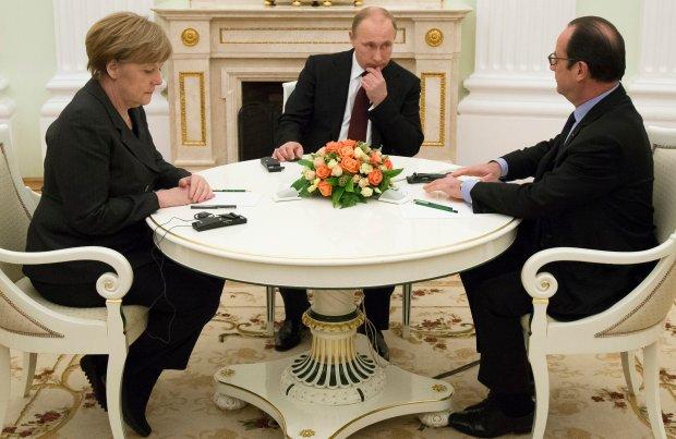 Angela Merkel, Władimir Putin i Francois Hollande podczas spotkania w Moskwie