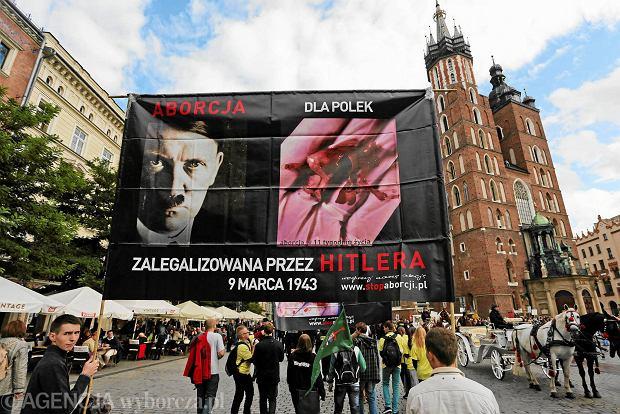 Protest Młodzieży Wszechpolskiej przeciwko Marszowi Świeckości. Kraków, wrzesień 2014