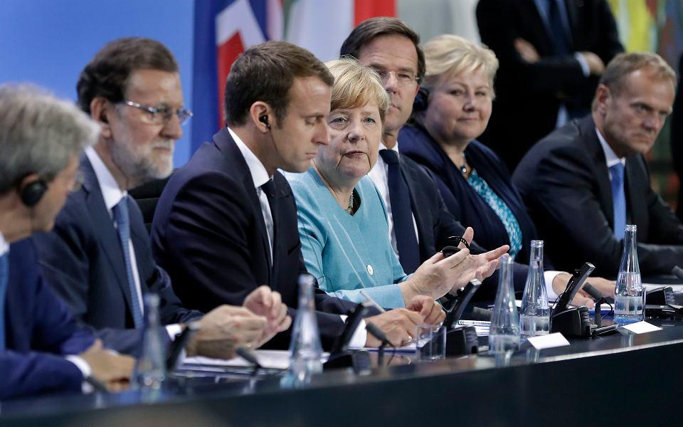 Europejscy przywódcy podczas czwartkowego spotkania przed szczytem G20