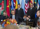 Duda wznosi toast z Obamą. I z Putinem