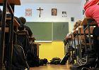 Coraz więcej etyki w szkołach, ale religii również. Nie ma jej tylko w 1209 placówkach