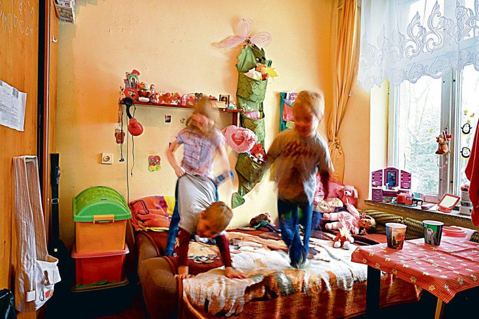 Dzieci w schronisku dla bezdomnych kobiet im. św. Brata Alberta w Łodzi