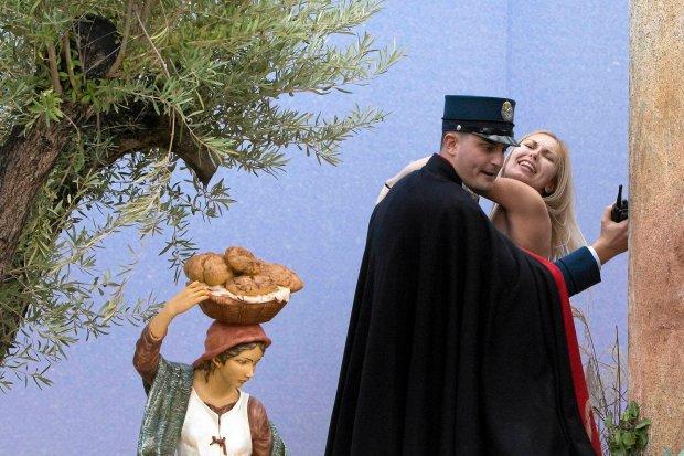Działaczka Femenu zatrzymana przez watykańską żandarmerię