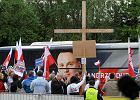 Debata prezydencka 2015 w TVN24. Zdjęcia z ostatniego starcia Dudy i Komorowskiego