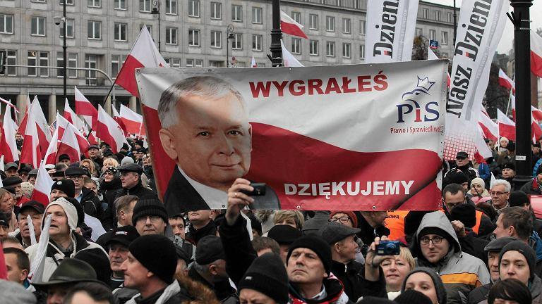 Marsz Wolności i Solidarności organizowany przez PiS