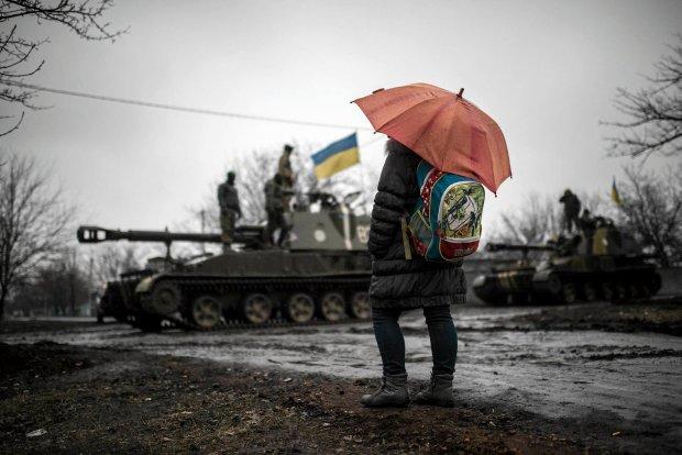 - Jeżeli Ukraina nie da sobie rady, to może nawet zniknąć z mapy - mówi<br /><br /> Włodzimierz Cimoszewicz. Na zdjęciu: przedmieścia Doniecka, 4 marca