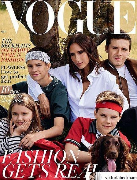Zdjęcie numer 2 w galerii - Victoria Beckham z rodziną na okładce