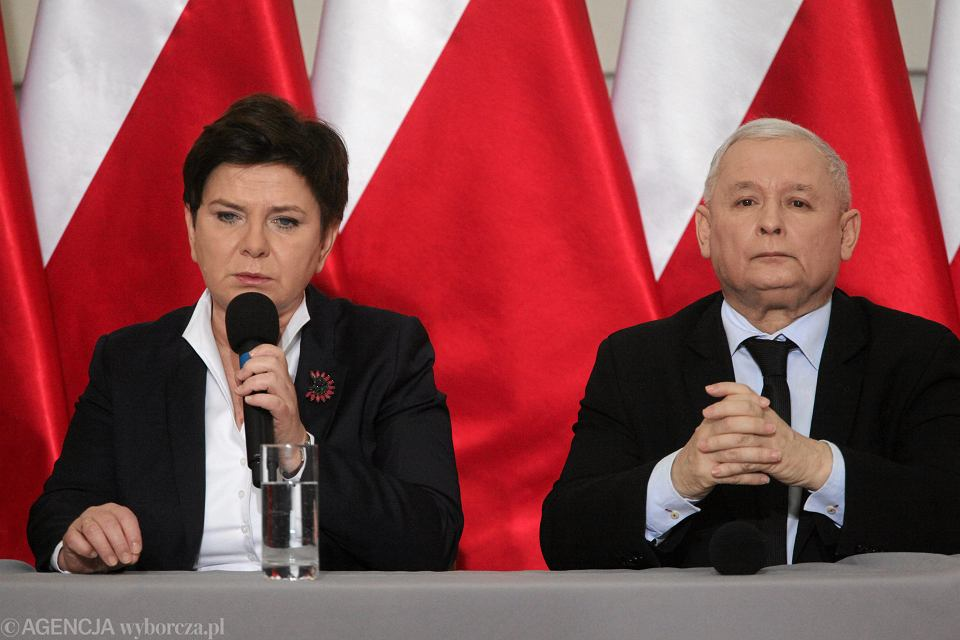 Konferencja prasowa prezesa PiS i premier