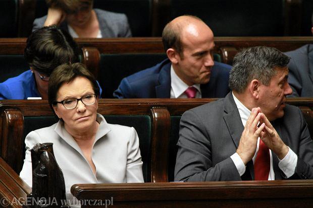 Premier Ewa Kopacz i ministrowie w ławach rządowych w Sejmie