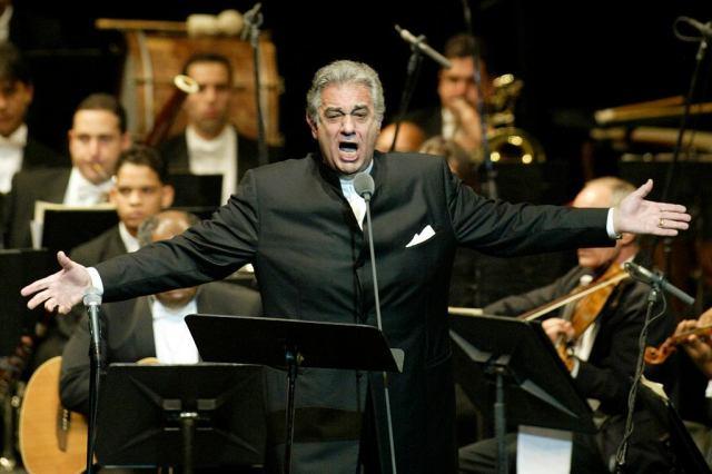 Placido Domingo w 2004 roku
