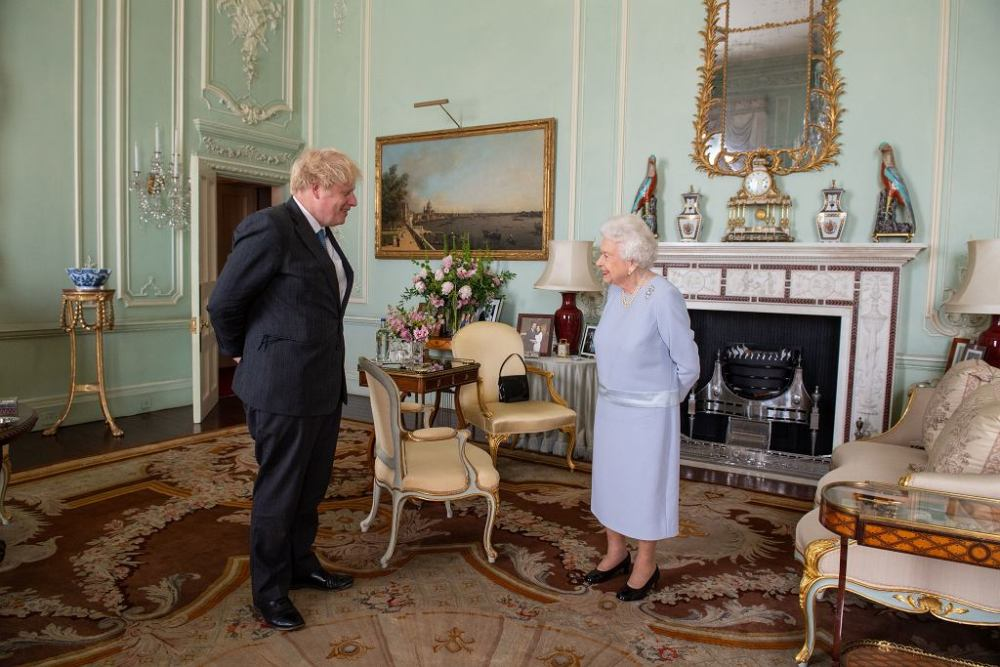 The Queen's Salon at Buckingham Palace