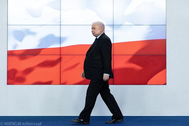 Jarosław Kaczyński podczas konferencji prasowej w kwaterze głównej swojej partii. Warszawa, ul. Nowogrodzka, 7 października 2019