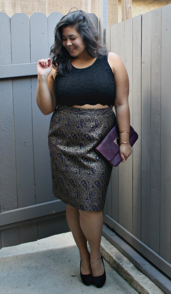 Purple & gold crop top holiday; OOTD