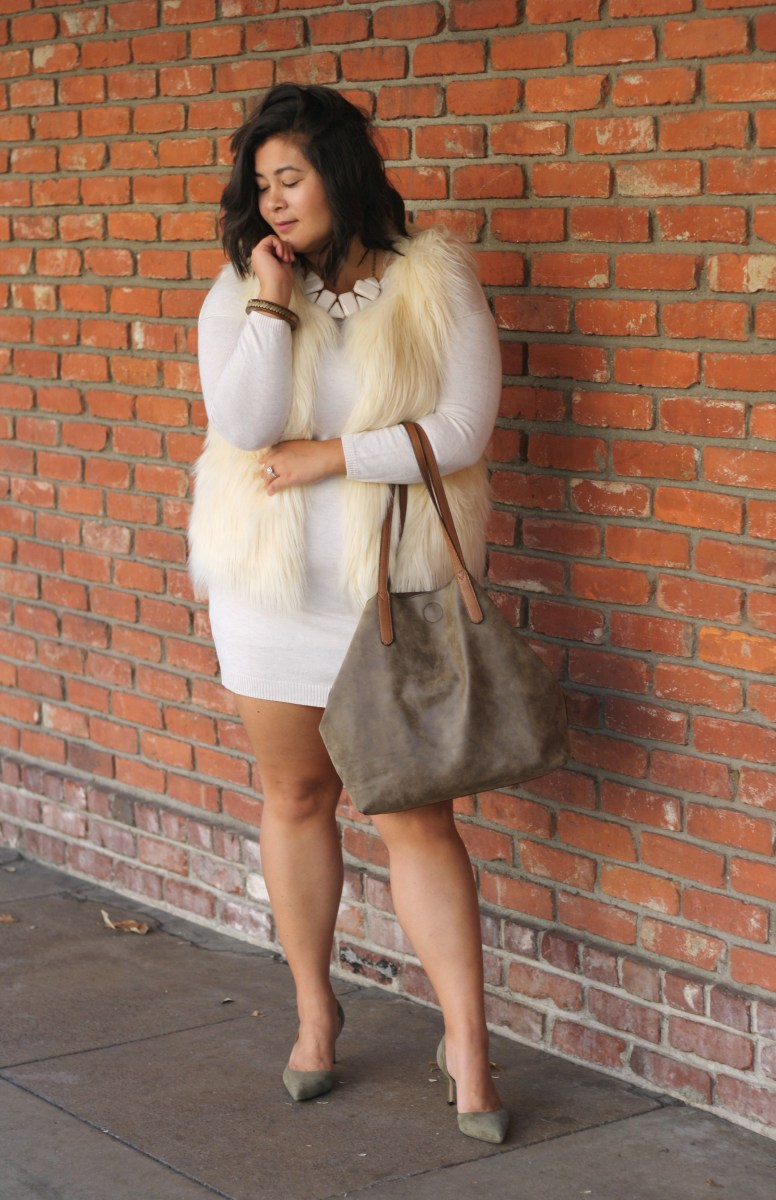 Cream holiday sweater dress & suede; OOTD