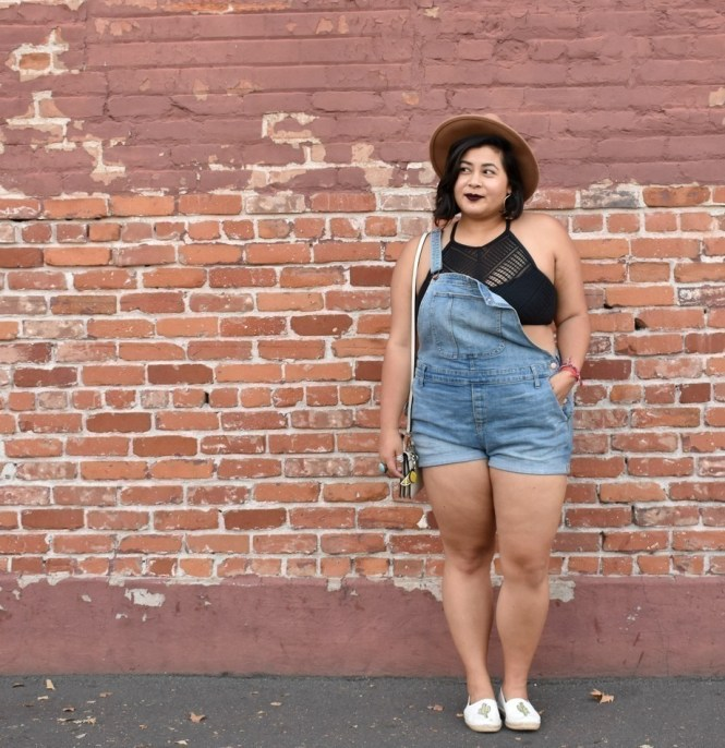 California summer overalls outfit