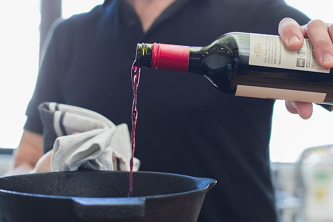 vino-cucina-cottura-rosso