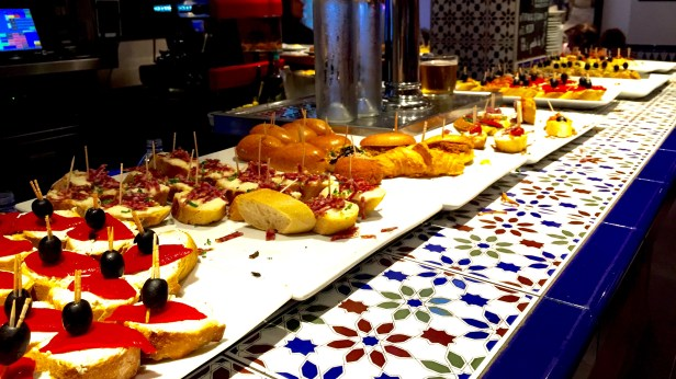 Tapas bar jean biarritz viktoria Lounge