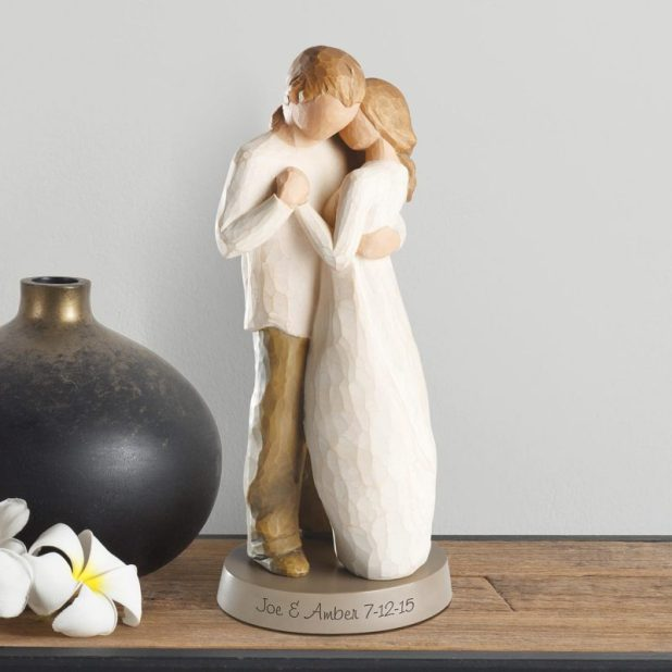 Artistic Couple Statue for Special Moment