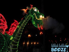 pete's dragon, main street electrical parade, walt disney world, disneyland, disney parade, wordless wednesday