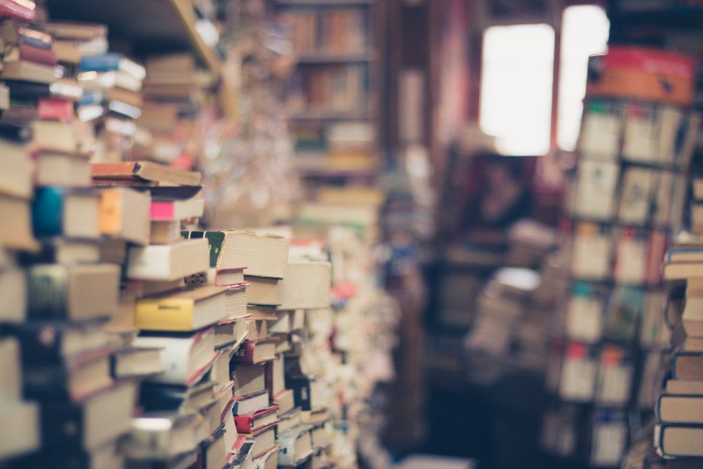 How to Build a Bible Study Library