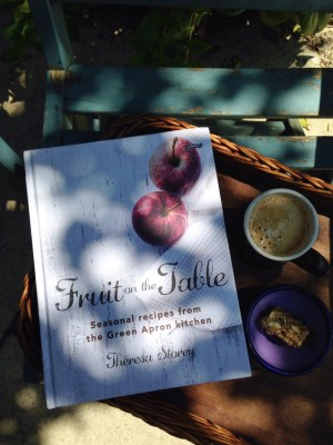 Bibliocook.com - Fruit on the Table by Theresa Storey