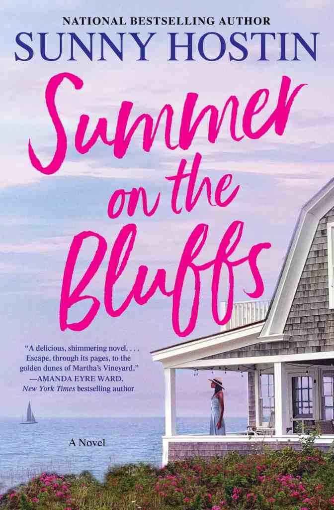 Summer on the Bluffs:A Novel Sunny Hostin