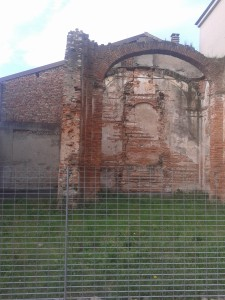 Resti chiesetta MalnidoV C Scuola primaria Foscolo Pacchetto scuola 2014/15