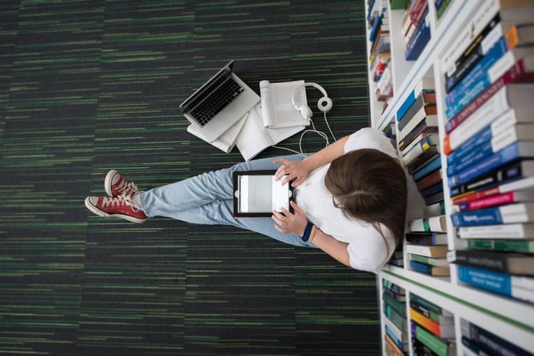 las-bibliotecas-escolares-deben-entender-la-transformacic3b3n-digital-del-aprendizaje