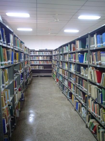 Biblioteca FIUNA - Colección