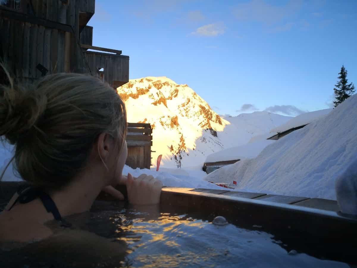 Immersion au coeur du seul hôtel d'Avoriaz : les Dromonts****