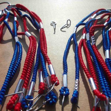 Cubrefaldas azul rojo estilo retro