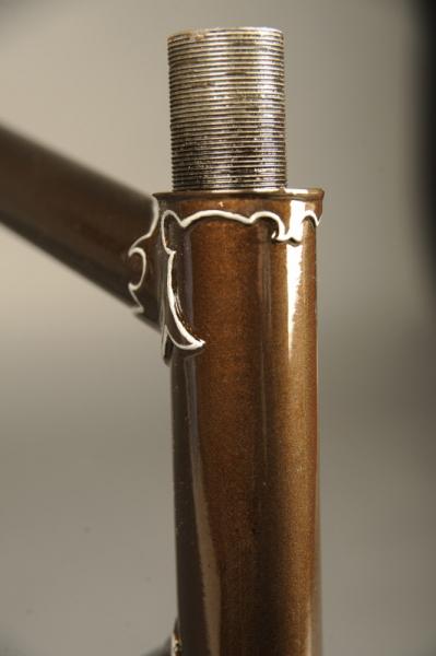 Restauracion pintura cuadro fileteado racor tubo superior horquilla bicicleta carretera antigua clasica carreras