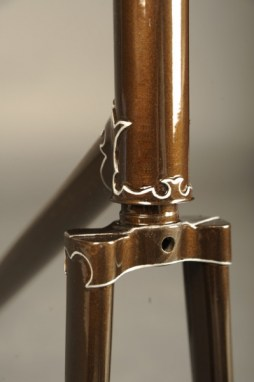 Restauracion pintura cuadro fileteado racores puente horquilla bicicleta carretera antigua clasica carreras