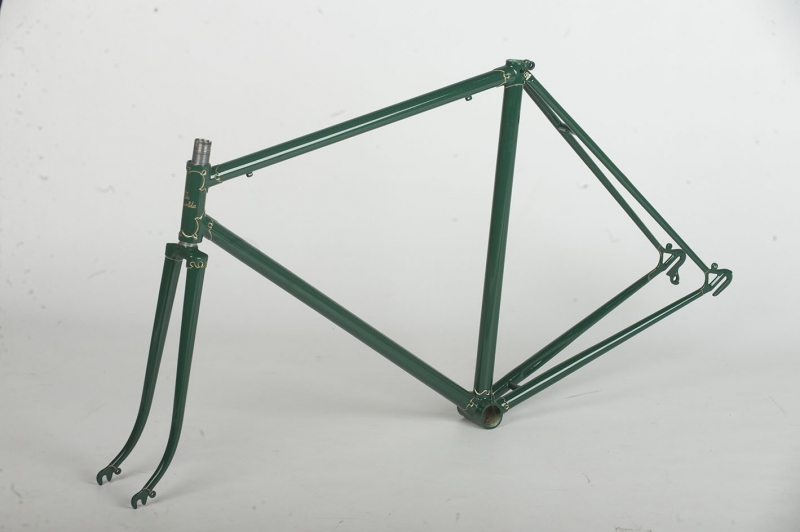 Restauración Taller Pintura Bicicleta antigua color verde
