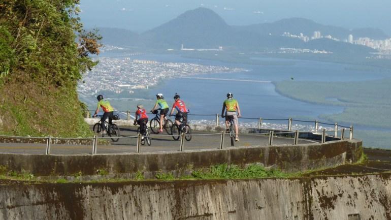 Estrada Velha de Santos durante o 6º DBM