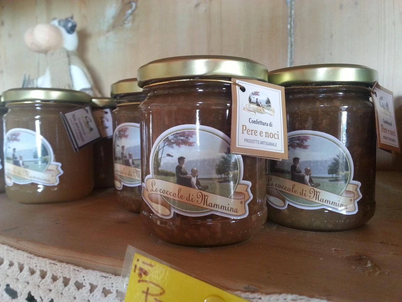 La deliziosa confettura di pere e noci prodotta dall'azienda agricola Calliari con il brand