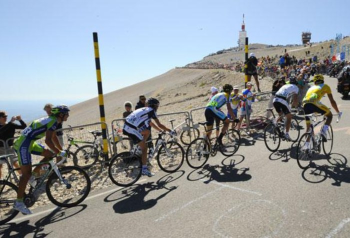 Ciclisti sul Mont Ventoux (20minutes.fr)