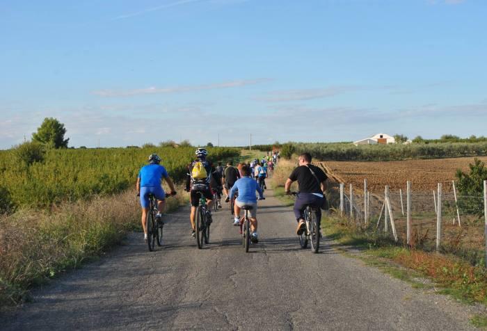 Tratto di ciclovia in Basilicata (ceabernaldametaponto)