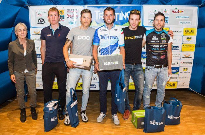 I biker premiati al termine di Trentino Mtb 2017 (bicitv.it)