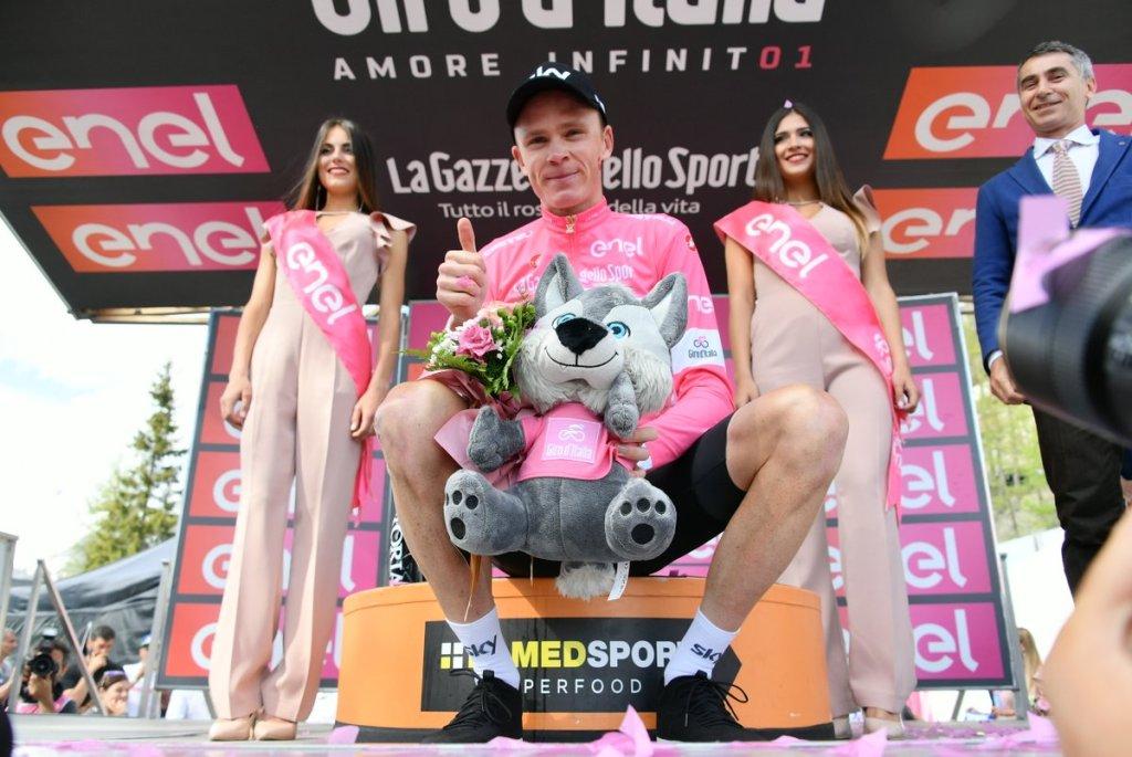 Chris Froome in maglia rosa al termine dell'ultimo Giro d'Italia (Cyclingpro.net)